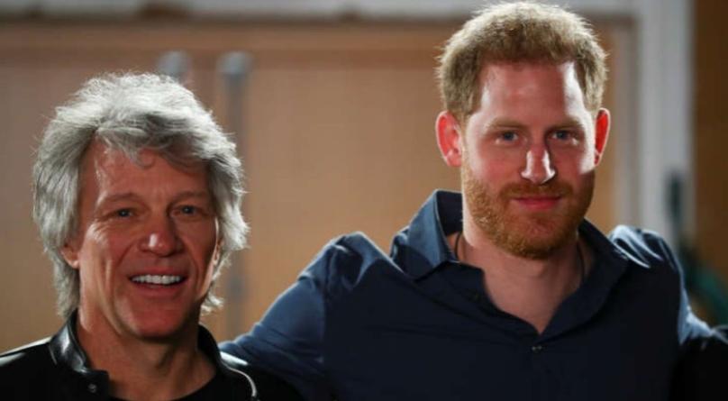 Duetul anului! Prințul Harry și rockerul Bon Jovi