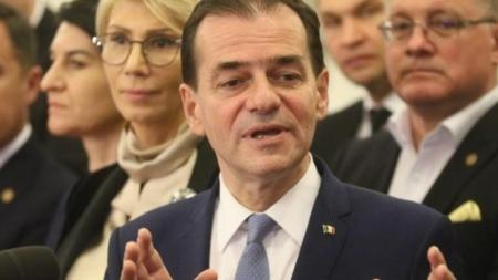 Orban depune, luni, lista de miniștri