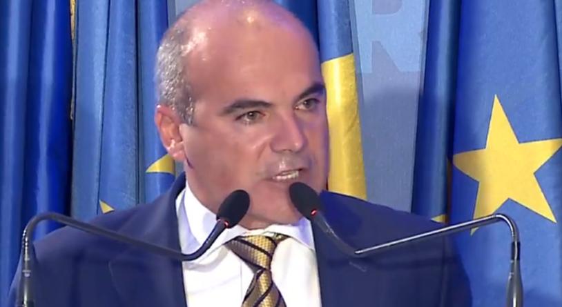 Rareș Bogdan: 'Suntem proștii planetei din cauza PSD'