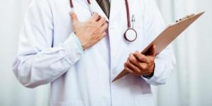 15% dintre pacienții cu COVID-19 din România, MEDICI