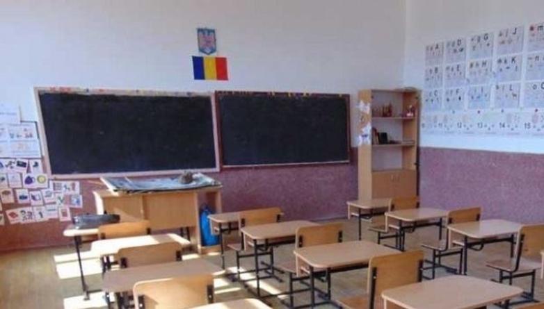 Covid-19. Școlile se închid în perioada 11-22 martie