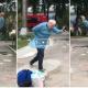 Vindecat de COVID, un bătrân a dansat de bucurie
