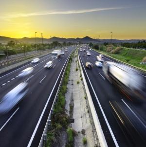 Mirajul autostrăzilor turcești și chinezești