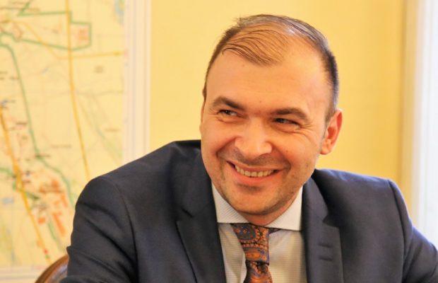 Primăria Caransebeș: Tunuri financiare în starea de urgență