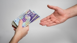 România se împrumută încă 4 miliarde de euro, 'în condițiile Germaniei'