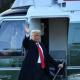 Trump a părăsit Casa Albă: 'Ne vom întoarce!'